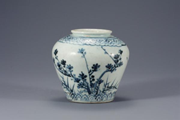 4백자 청화 매화 대나무 무늬 항아리, 12.4x7.3cm,조선시대